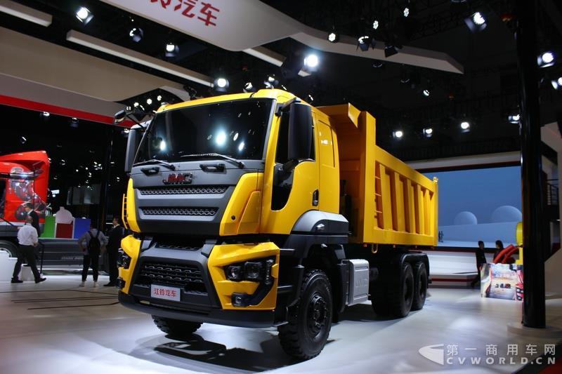 它是一款量产车,其底盘技术也源自福特cargo重卡.
